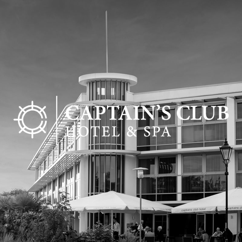 Captains Club Hotel